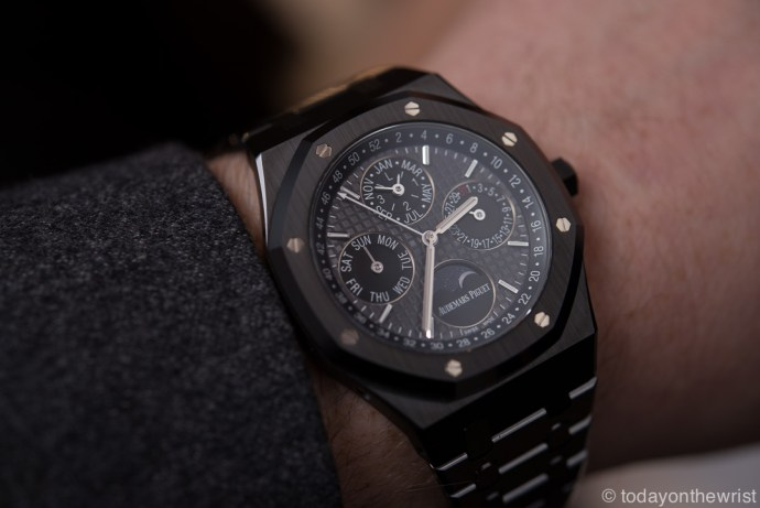 sihh-audemars-piguet-royal-oak-perpetual-calendar-black-ceramic_4