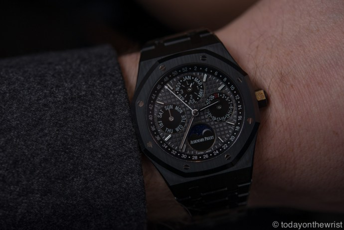 sihh-audemars-piguet-royal-oak-perpetual-calendar-black-ceramic_5